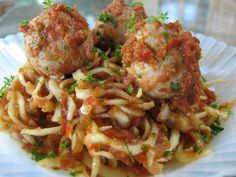 Foods For Long Life: Raw Zucchini Spaghetti and Walnut Meatballs  ( raw vegan recipe )