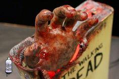 Imaginary World: Esta Xbox 360 de Vadu Amka nos adentra en el mundo Zombie de The Walking Dead