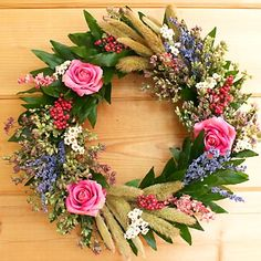 Google Image Result for http://www.creeksidefarms.com/images/Store/Large/HERB%20WREATHS/370x370_Garden%20Wreath.jpg