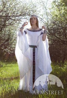 Robe médiévale de mariage fantastique « Cygne blanc » d'ArmStreet