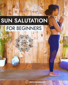 Surya Namaskara also known as Sun Salutations is a great way to start your day with!☀ Sun salutation consist of 12 flowing steps and has the perfect combination of postures that stimulates and tones y Surya Namaskar Video, Surya Namaskara, Alo Yoga, Yoga Bewegungen, Pilates Yoga, Pilates Reformer, Vinyasa Yoga, Yoga Motivation, Iyengar Yoga