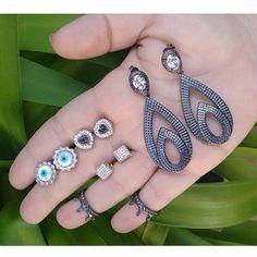 Nossas melhores peças no atacado estão aqui em www.mercadodejoias.com    @fluencejoiasebijoux    #semijoias #acessorios #Jewel #amei #brincos #itgirl #moda #tendencias #jewelry #today #amomuito #saopaulo #estilo #glamour #folheados #bruto #bijouterias #bijoux #altabijoux