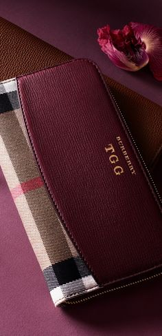 65be5429266c Continental and ziparound styles feature in an array of leather finishes