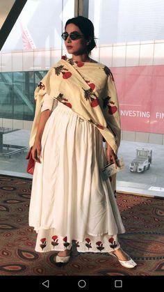 Women S Fashion Dresses Online Code: 3694654195 Casual Indian Fashion, Indian Fashion Dresses, Fashion Outfits, Cheap Fashion, Fashion Women, Pakistani Dresses Casual, Pakistani Dress Design, Stylish Dress Designs, Stylish Dresses