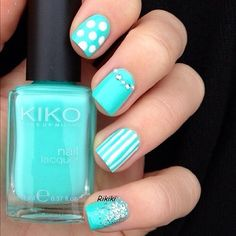 <3 love the color of the nail they are so cute