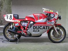 Ducati Sport 24 horas Montjuic #motorcycles #caferacer #motos | caferacerpasion.com