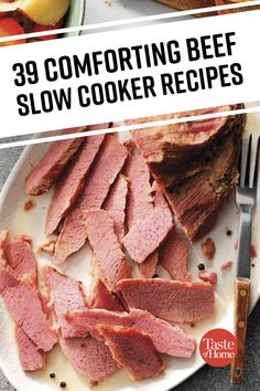 39 Comforting Beef Slow Cooker Recipes Slow Cooked Meals, Crock Pot Slow Cooker, Crock Pot Cooking, Pressure Cooker Recipes, Crockpot Recipes, Soup Recipes, Cooking Recipes, Crockpot Dishes, Recipes