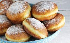 Pączki drożdżowe z ziemniakami Blueberry Cheesecake, Confectionery, Doughnuts, Hamburger, Bread, Sweet, Recipes, Food, Tasty Food Recipes