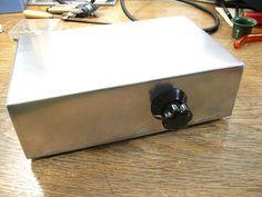Mick Feuerbacher Audio Projects Electronics Components, Diy Electronics, Hifi Audio, Car Audio, Ford Gt, Black Magic Book, Electronic Schematics, Peugeot, Stereo Amplifier