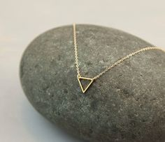 Tiny Gold Triangle Necklace / FLOATING TRIANGLE Necklace // Minimal, Delicate…
