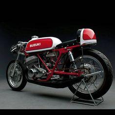 Suzuki T500 Titan #suzuki #t500 #titan #racer #caferacer #2stroke