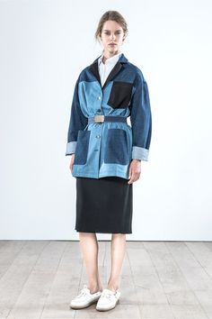 Catwalk photos and all the looks from Vanessa Bruno Spring/Summer 2015 Ready-To-Wear Paris Fashion Week