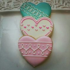 More heart cookies. I love the simple but pretty repetitive pattern on the pink one.