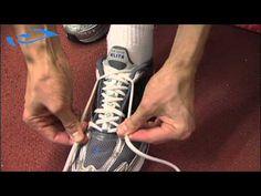 Elixir - Juoksu - Varusteet: Kenkien nyöritys juoksukenkään. How to tie your shoelaces to a running shoe.