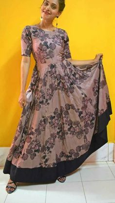 #pintrest@Dixna deol Indian Gowns, Pakistani Dresses, Indian Outfits, Kalamkari Dresses, Frocks And Gowns, Anarkali Dress, Western Dresses, Indian Designer Wear, Stylish Dresses