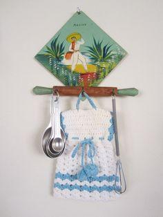 Folk Art Vintage Kitchen Potholder Hook-to by NowAndThenConnection