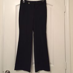 Black dress pants Express Editor style dress pants (bit of a flared bottom). These are size 0S. Express Pants