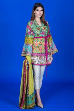 Latest Casual Summer Frock Dress Designs Collection For Girls 2018 Pakistani Casual Wear, Pakistani Dress Design, Pakistani Outfits, Casual Summer Dresses, Stylish Dresses, Simple Dresses, Fashion Dresses, Summer Suits, Abaya Fashion
