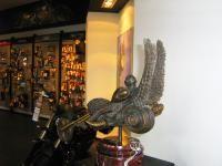 Бронзовая скульптура - Рыцарь дороги, купить скульптуру, заказать скульптуру