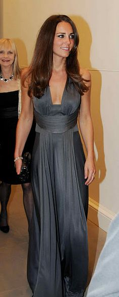 my favorite Issa dress she's worn (Boodles Boxing Ball benefiting Starlight Children's Foundation Sept. 2009)
