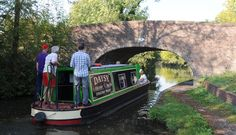 Boat handling at a bridge