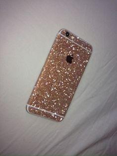 Pinterest: dopethemesz ; bougie glam aesthetic; gold glitter iphone XOXO