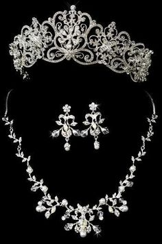 Majestic Tiara and Jewelry Set for your Regal  Wedding Day!