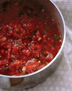 Tomatoes are the best source of lycopene, a powerful antioxidant that protects skin from environmental damage. Check out this yum and healthy recipe