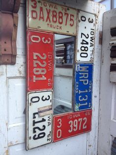 Vintage license plates are valuable for your vehicle, and when their value goes pale for the vehicle, they are still precious to you, because there are numerous ways you can use these license plates. License Plate Crafts, Cool License Plates, License Plate Art, License Plate Ideas, Licence Plates, Woodworking Software, Easy Woodworking Projects, Diy Craft Projects, Diy Crafts