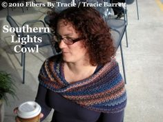 Southern Lights Cowl. Crochet PDF Pattern by Tracie Barrett.