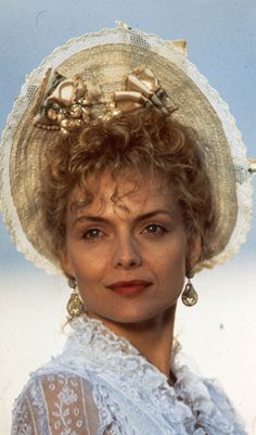 Michelle Pfeiffer - The Age of Innocence