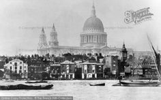 London, St Paul's Cathedral c1860