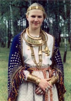 Latvia. Iron Age Semigallian/Latgallian (eastern Latvia) folk costume (Sunday's best).