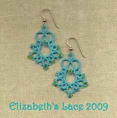 Elizabeth's Lace  Yarnplayer's Tatting Blog: A bell pattern for you    http://yarnplayertats.blogspot.it/2008/12/bell-pattern-for-you.html