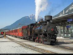 Net Photo: 4 Zillertalbahn (Austria), ex-Yugoslav Railways class at Jenbach, Austria by Janet Cottrell Train Journey, Steam Locomotive, Austria, Trains, Mayrhofen, Locomotive, Destinations, Viajes
