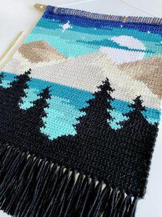 Crochet Wall Art, Crochet Wall Hangings, Crochet Hooks, Knit Crochet, Weaving Patterns, Crochet Patterns, Crochet Ideas, Crochet For Kids, Cross Stitch