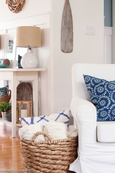 Coastal and beachy blue & green summer living room tour featuring of pops of blue, green, and natural rustic textures against a white and neutral backdrop. Coastal Living Rooms, Living Room Green, My Living Room, Home And Living, Living Room Decor, Dining Room, Beach Cottage Style, Coastal Cottage, Beach House Decor