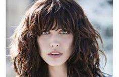 Znalezione obrazy dla zapytania rockowe fryzury dla kręconych włosów