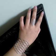 Styled my outfit today with these 3DPrinted Jewelry See more at: http://ift.tt/1f7DT6j