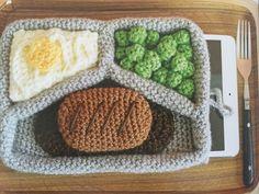 #crochet tv dinner laptop cozy pattern by Twinkie Chan