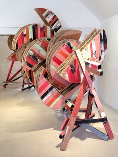 Phyllida Barlow is the first artist to show at Hauser & Wirth Somerset. The work is extraordinary Water Sculpture, Abstract Sculpture, Sculpture Art, Abstract Art, Contemporary Sculpture, Contemporary Artists, Wood Craft Patterns, Installation Art, Art Lessons