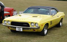 American Muscle Cars…  1972 Dodge Challenger Rallye