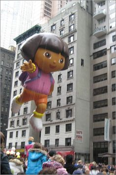 Happy Thanksgiving USA – pictures from Macys Parade in NYC, New York City, Manhattan, balloons,
