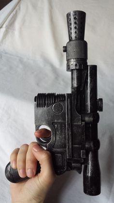 Hand Painted Han Solo Cosplay Blaster Gun Prop von WulfgarWeapons