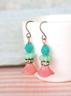 Bohemian pink flower earrings. Tiedupmemories by tiedupmemories