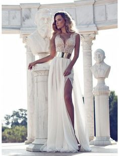 Gorgeous Crystal Beaded Prom Dresses Beading V-Neck Cap Sleeve A-Line Floor-Length In Stock Evening Gowns Pageant Dress