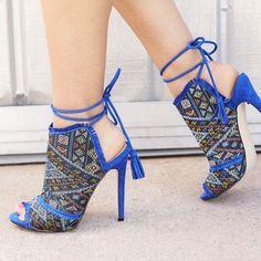 Unutterable Women Shoes High Heels Ideas 4 Astonishing Unique Ideas: T Strap Shoes Vintage slip on shoes casual.Slip On Shoes Casual. Lace Up Heels, Pumps Heels, Stiletto Heels, Vintage Slip, Vintage Shoes, Style Bobo Chic, Estilo Glamour, T Strap Shoes, Zapatos Shoes
