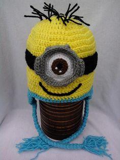 Crocheting: Minion crochet hats