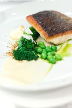 Pan roasted Palmer Island Mulloway fillet, tahini yoghurt, broccolini, green peas, dukkah | foodinhand