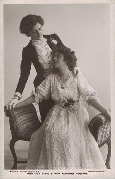 I love vintage lesbians.